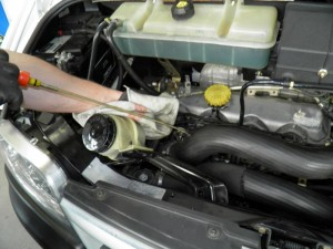 Wir erbringen verscheidene Leistungen im Hauptsächlich Wartung und Reparatur von Autos und Transportern